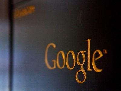 Je te google, tu me googles, nous nous googlons...