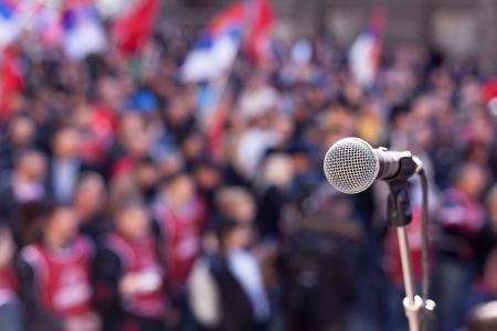 Investir à l'ère du populisme