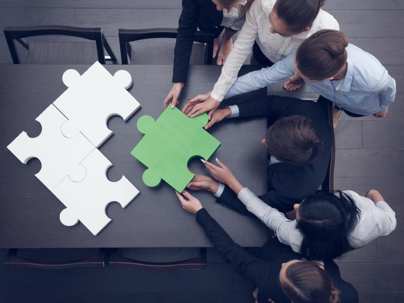 SFL confirme les regroupements des centres financiers