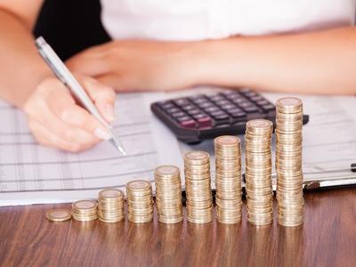 Pertinence des revenus étrangers dans une société de gestion