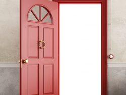 Une porte rouge ouverte