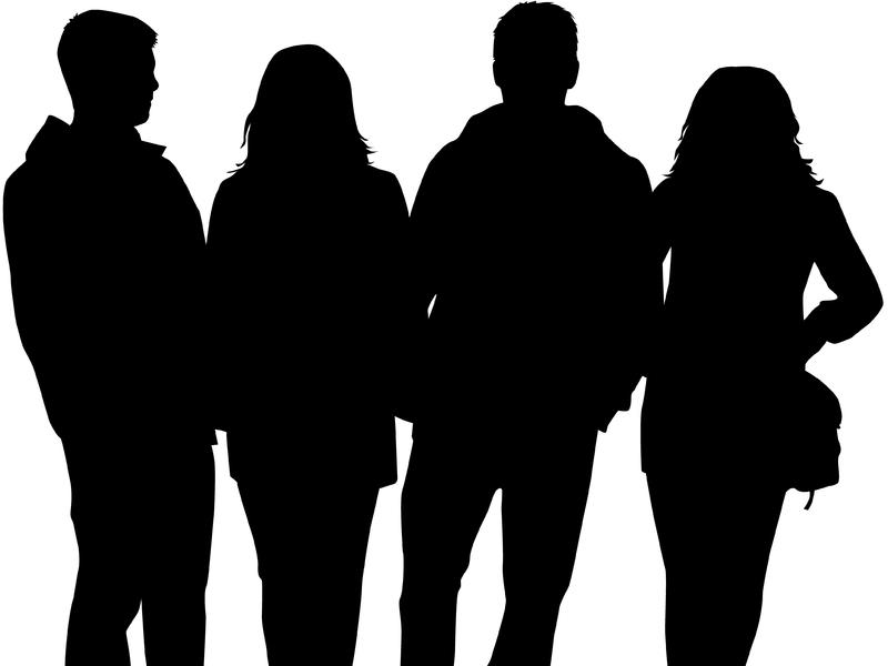 Quatre silhouettes de personnes.