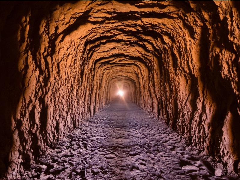 Une lumière au bout d'un tunnel.