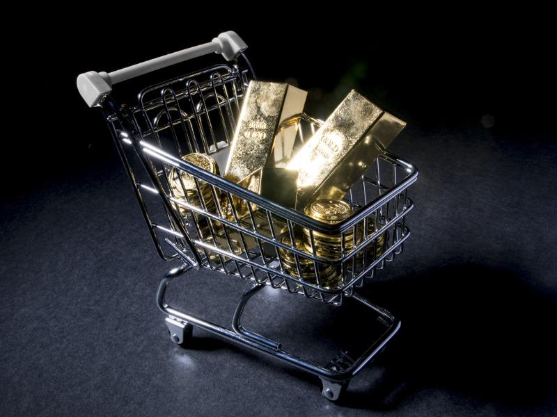 Un chariot rempli de lingots d'or.