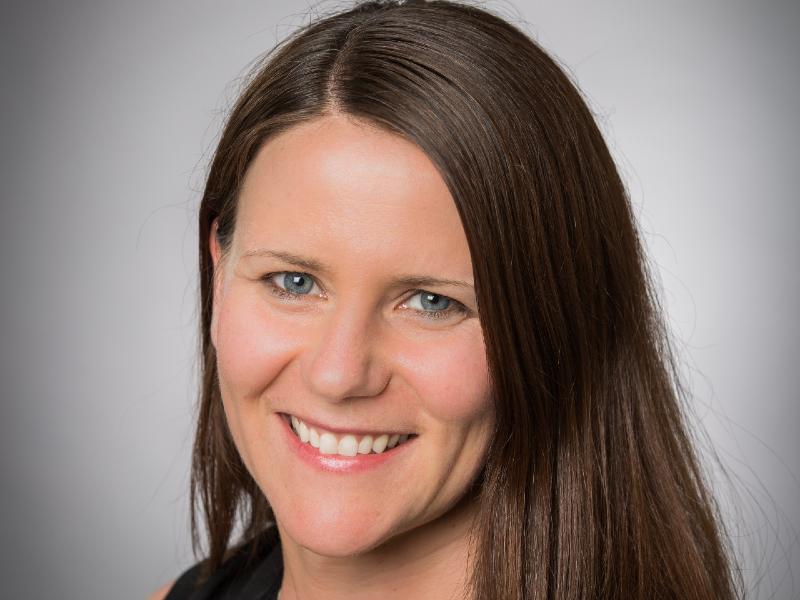 Une photo portrait de Kathrin Forrest.